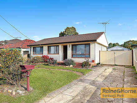 House - 105 Beaconsfield St...