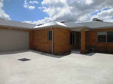 Townhouse - 2/492 Scoresby ...