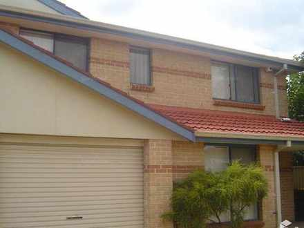 Townhouse - Fairfield 2165,...