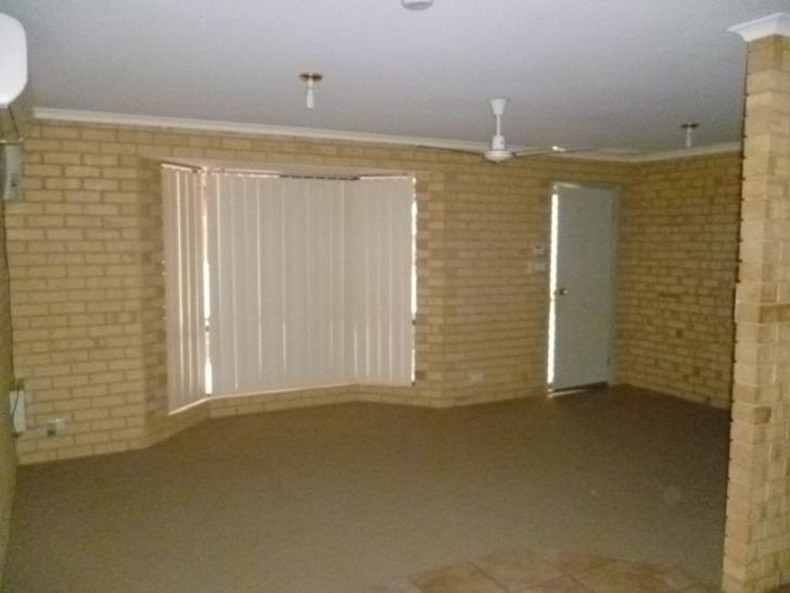 Fcbc41e7e50ed9858c9150af 12271 livingroom 1590138868 primary