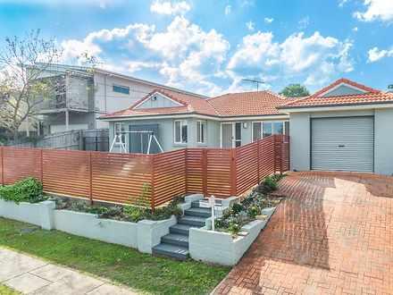 House - 5 Victoria Street, ...