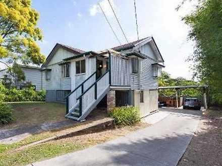 House - 121 Fairfield Road,...
