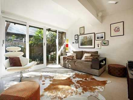 Townhouse - 2/86 College St...