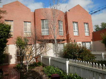 House - 5/2A Cameron Road, ...