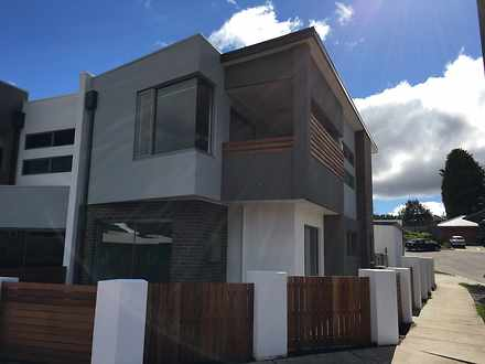 Townhouse - 11 Catalina Cou...
