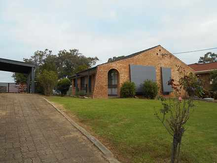 House - 16 Mitchell Drive, ...