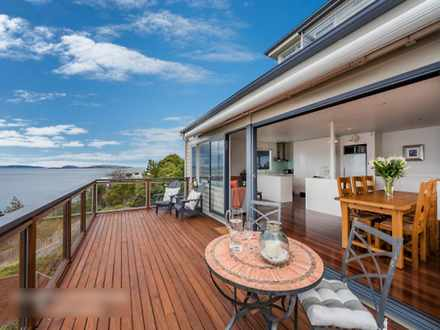 House - 726 Sandy Bay Road,...