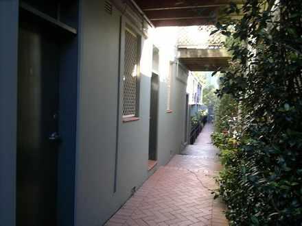Apartment - 8/168 Botany Ro...