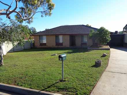 House - 33 Nicolle Drive, M...