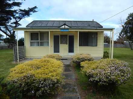 House - Port Welshpool 3965...