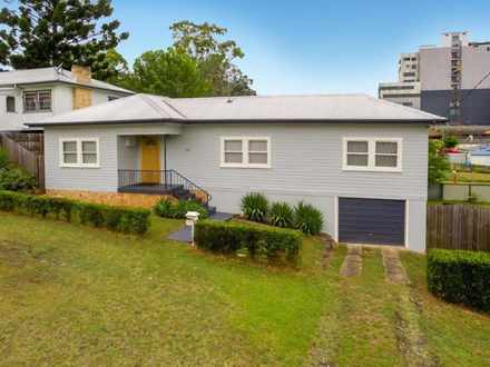 House - 143 Orion Street, L...