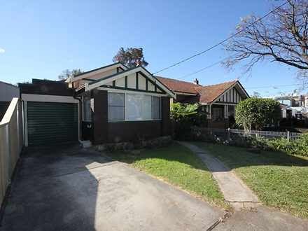 House - 6 Russell Street, R...