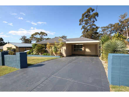 House - 6 Cessna Avenue, Sa...