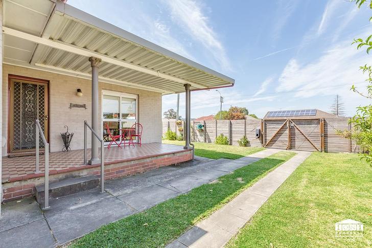 House - 115 Macquarie Road,...
