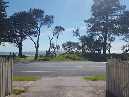 House - 2017 Point Nepean R...