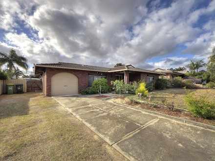 House - 14 Bougainvillea Av...