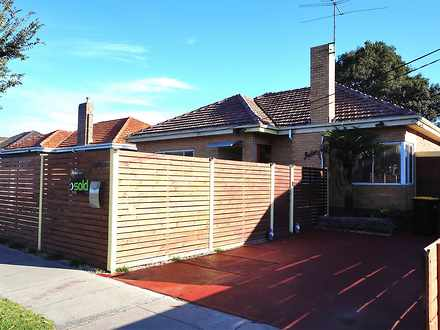 House - 1058 Nepean Highway...