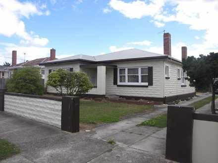 House - 89 North Fenton Str...