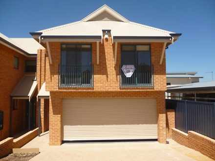 House - 28A Seaview Street,...
