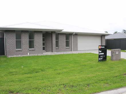 Villa - 46 Glenview Drive, ...