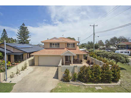 House - 23 Morna Point Road...