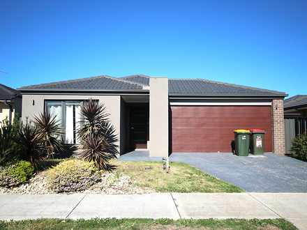 House - 4 Beveridge Drive, ...