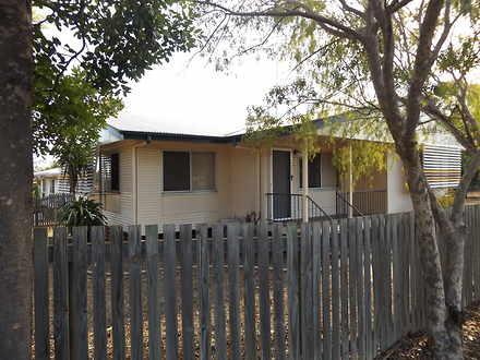 House - 8 Fraser Street, Mo...