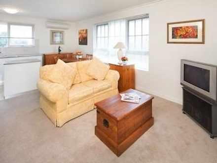 Apartment - 7/3 Guthrie Str...