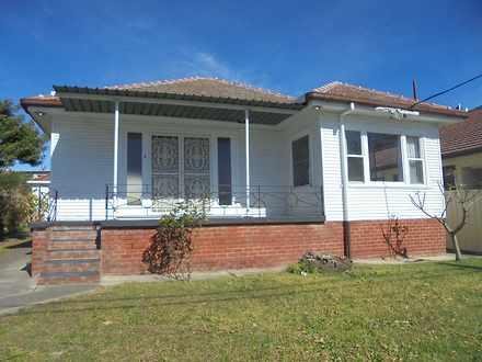 House - 3 Victoria Avenue, ...