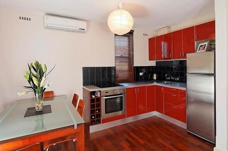 Apartment - 2/227 Scarborou...