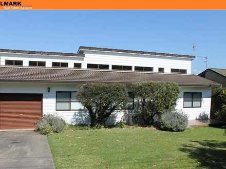 House - 3 Raleigh Crescent,...