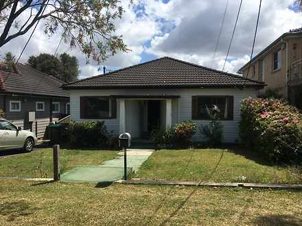 House - 34 Tompson Road, Re...