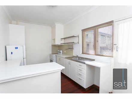 Apartment - 4/4 Kintail Roa...