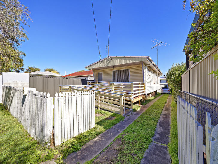 House - 95 Dover Road, Redc...