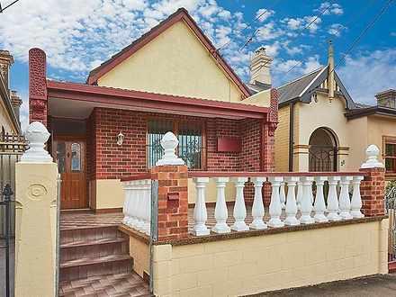 House - 40 Douglas Street, ...