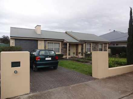 House - 79 Oval Ave, Woodvi...