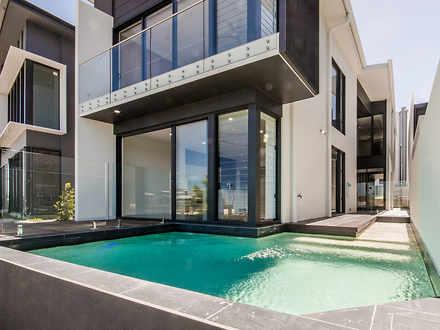 House - 40 Reflection Cresc...