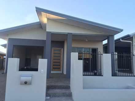 House - 40 Ashburner Street...