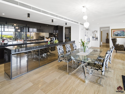 Apartment - 1 Marina Drive,...