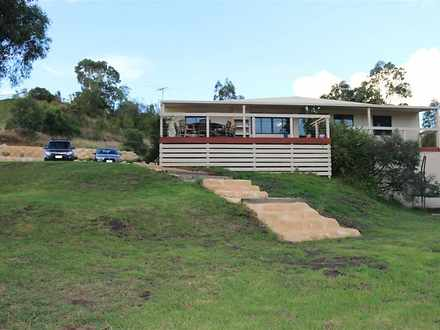 House - 18C Kingscote Drive...