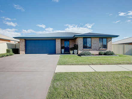 House - 12A Kellett Drive, ...