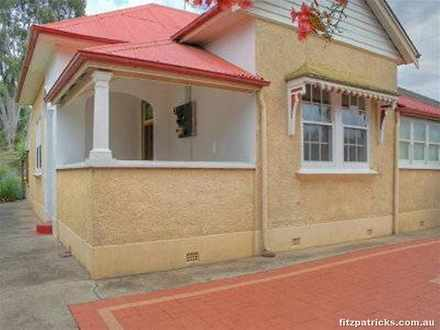 House - 18 Norman Street, W...