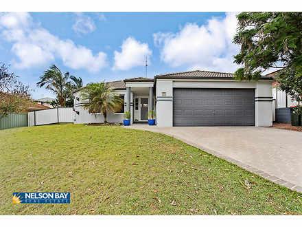 House - 132 Bagnall Beach R...