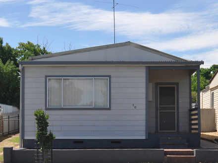 House - 10 Ducker Street, J...