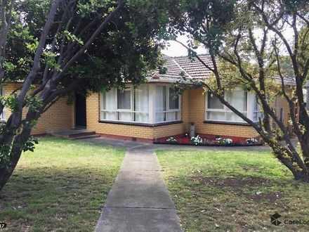 House - 35 Sunset Strip, Ja...