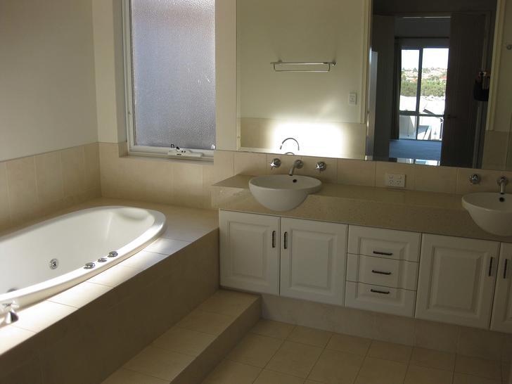 Cutting 001 bath master 1510634436 primary
