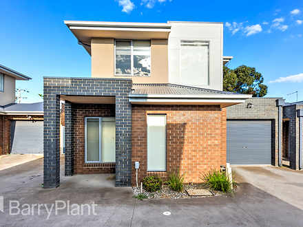 Townhouse - 2/111 Taylors R...