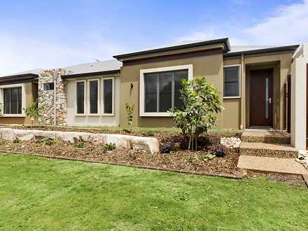 Unit - 3/27 Yarrow Close, M...