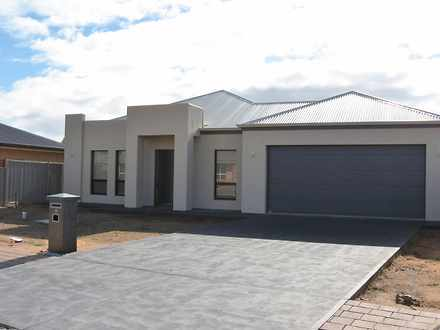 House - 18 Orchard Drive, R...