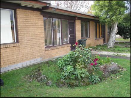 House - 4/45 Yarrowee Stree...